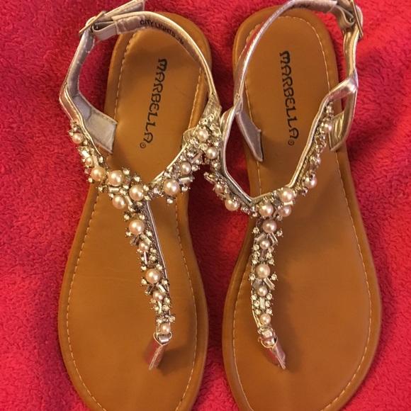 ea3b8da28ea Super cute Marbella rhinestone sandals in a size 7.  M 5ad811f72ae12f68037424bb